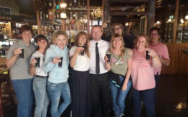 Dublin Pub women group